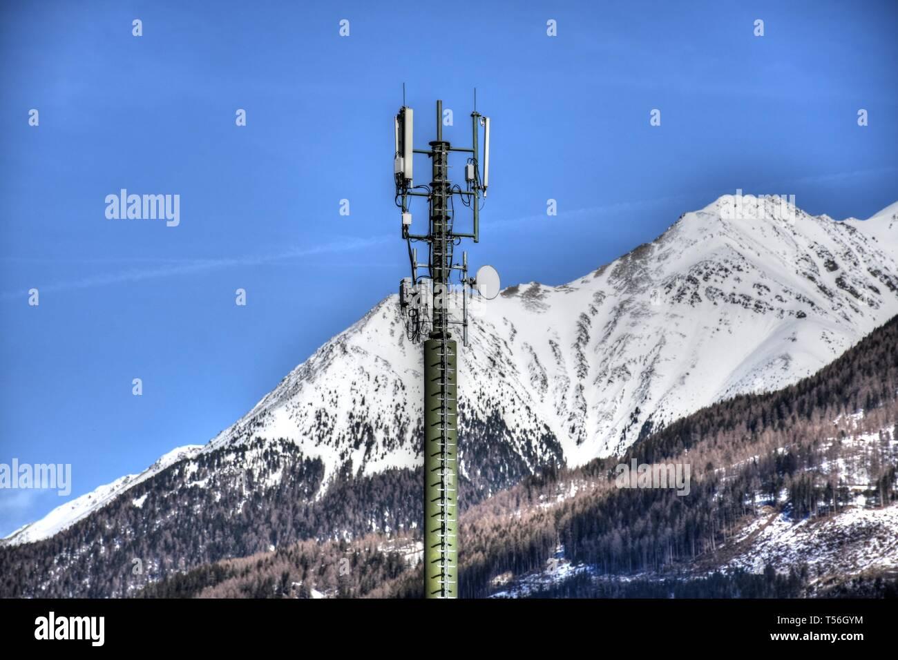 4G, 3G, UMTS, 5G, Mobilfunk, Mobilfunkmast, Handymast, Antenne, Senden, Empfangen, Richtfunk, Osttirol, Ainet, Iseltal, Schobergruppe, Hochschober, Tun Stockbild