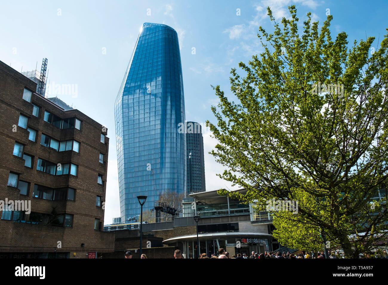 Eine Blackfriars eine ikonische hohes Gebäude wie die Vase in London bekannt. Stockbild