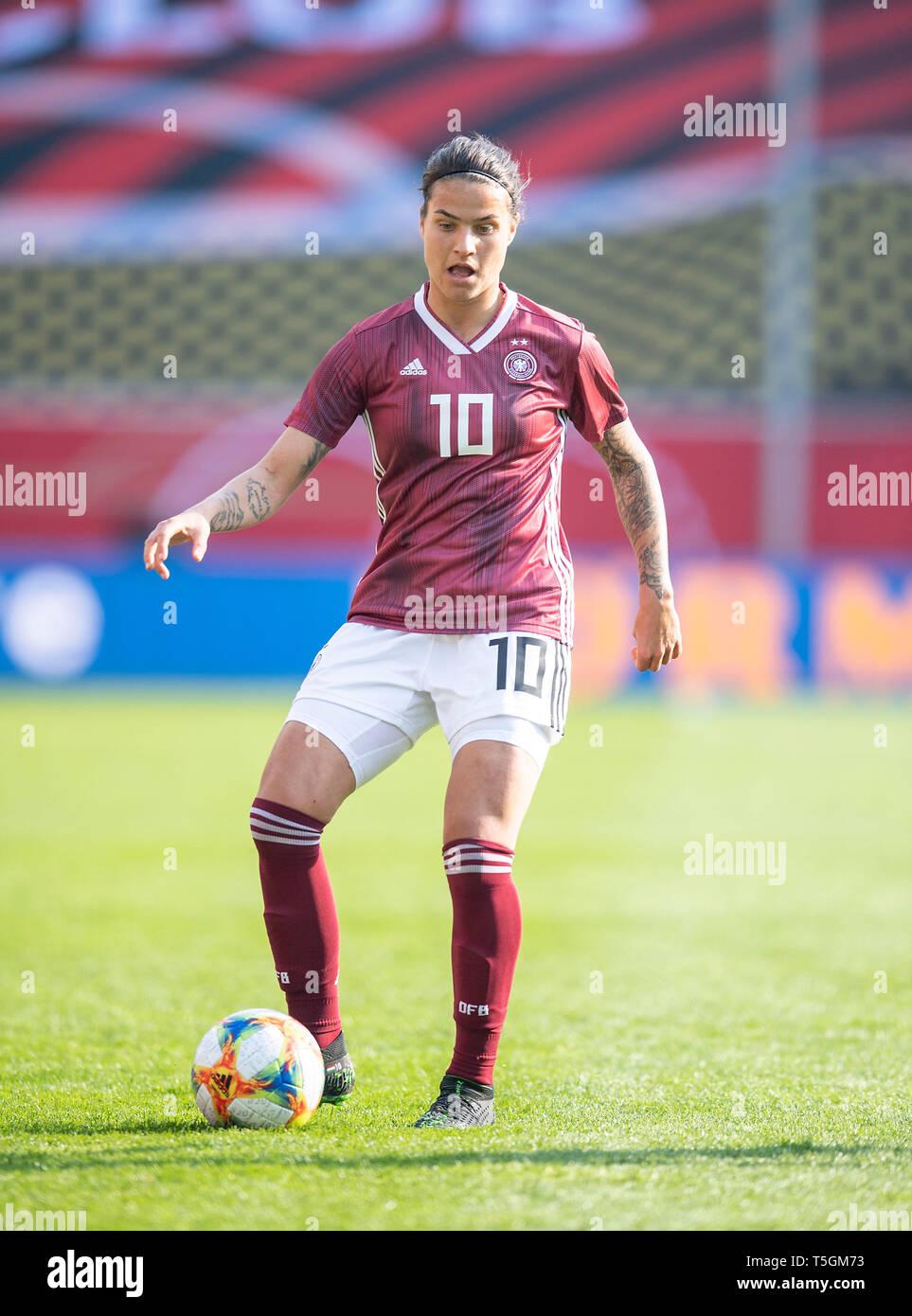Dzsenifer Marozsan Ger Handeln Fussball Nationalmannschaft