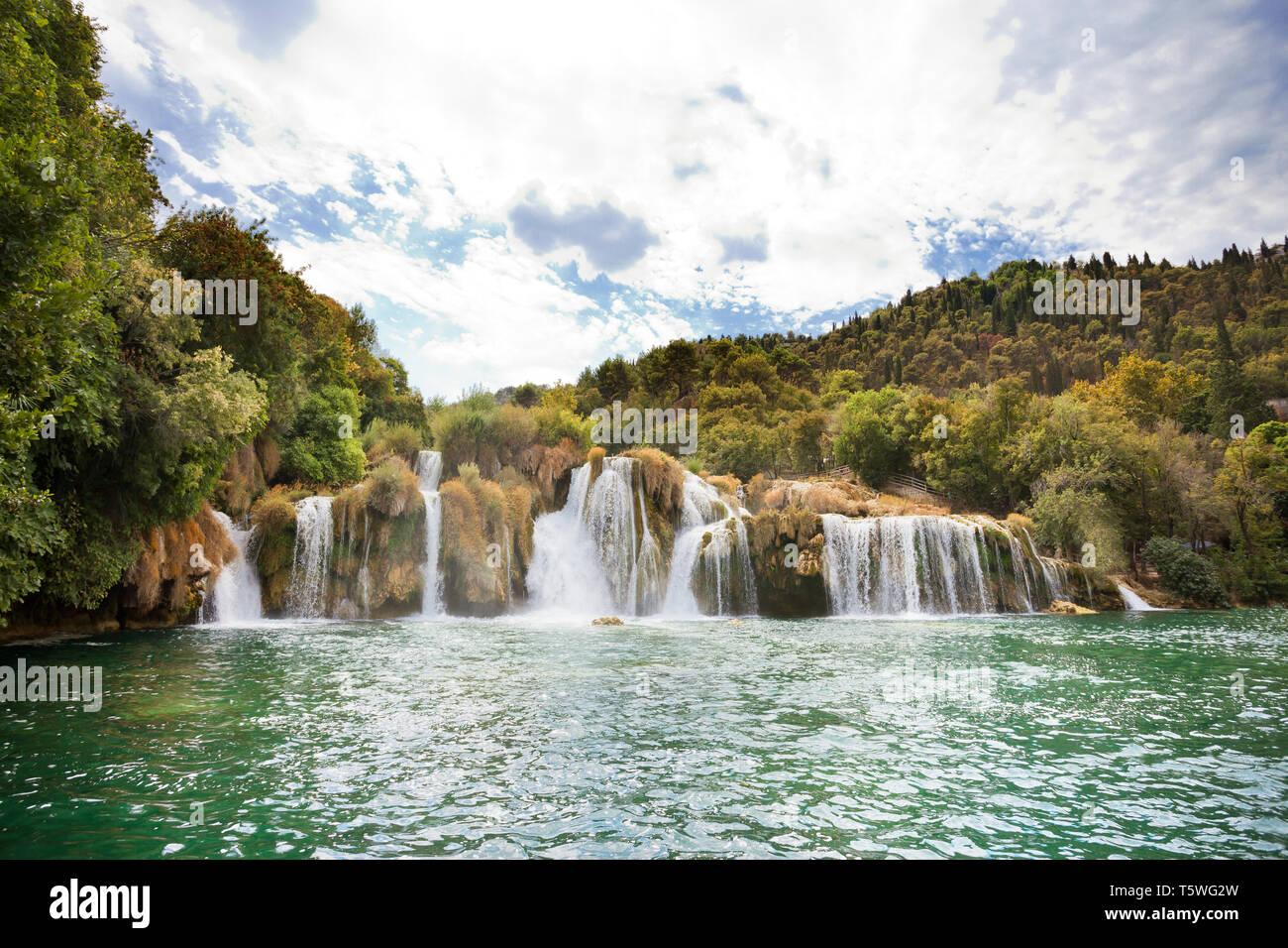 Krka, Sibenik, Kroatien, Europa - Schwimmen in der Wasserfälle von Krka Nationalpark Stockfoto