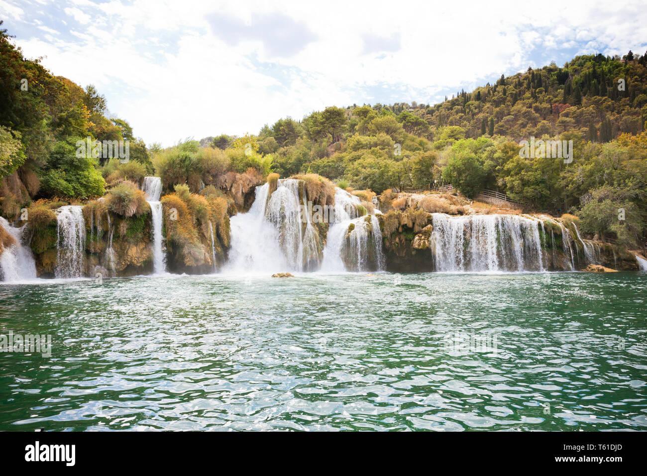 Krka, Sibenik, Kroatien, Europa - genießen Sie den beruhigenden Wasserfälle von Krka Nationalpark Stockfoto