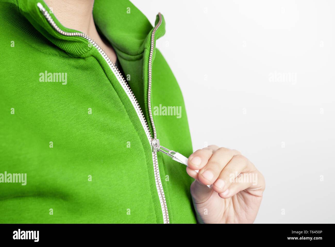 Grüne Sweatjacke Stockfotos & Grüne Sweatjacke Bilder Alamy