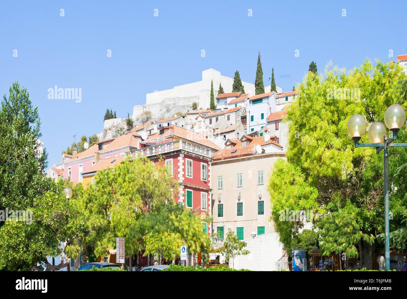 Sibenik, Kroatien, Europa - Historische Gebäude Technik von Sibenik Stockfoto