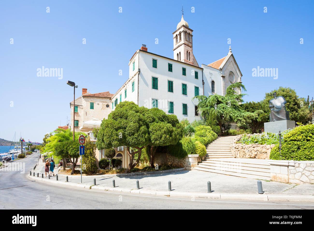 Sibenik, Kroatien, Europa - hinunter zu der Promenade von Sibenik Stockfoto