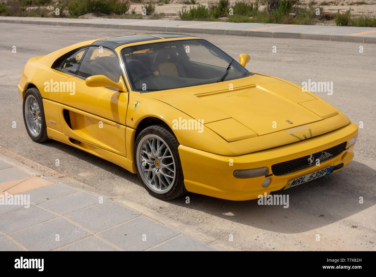 Ferrari F355 Stockfotos Und Bilder Kaufen Alamy