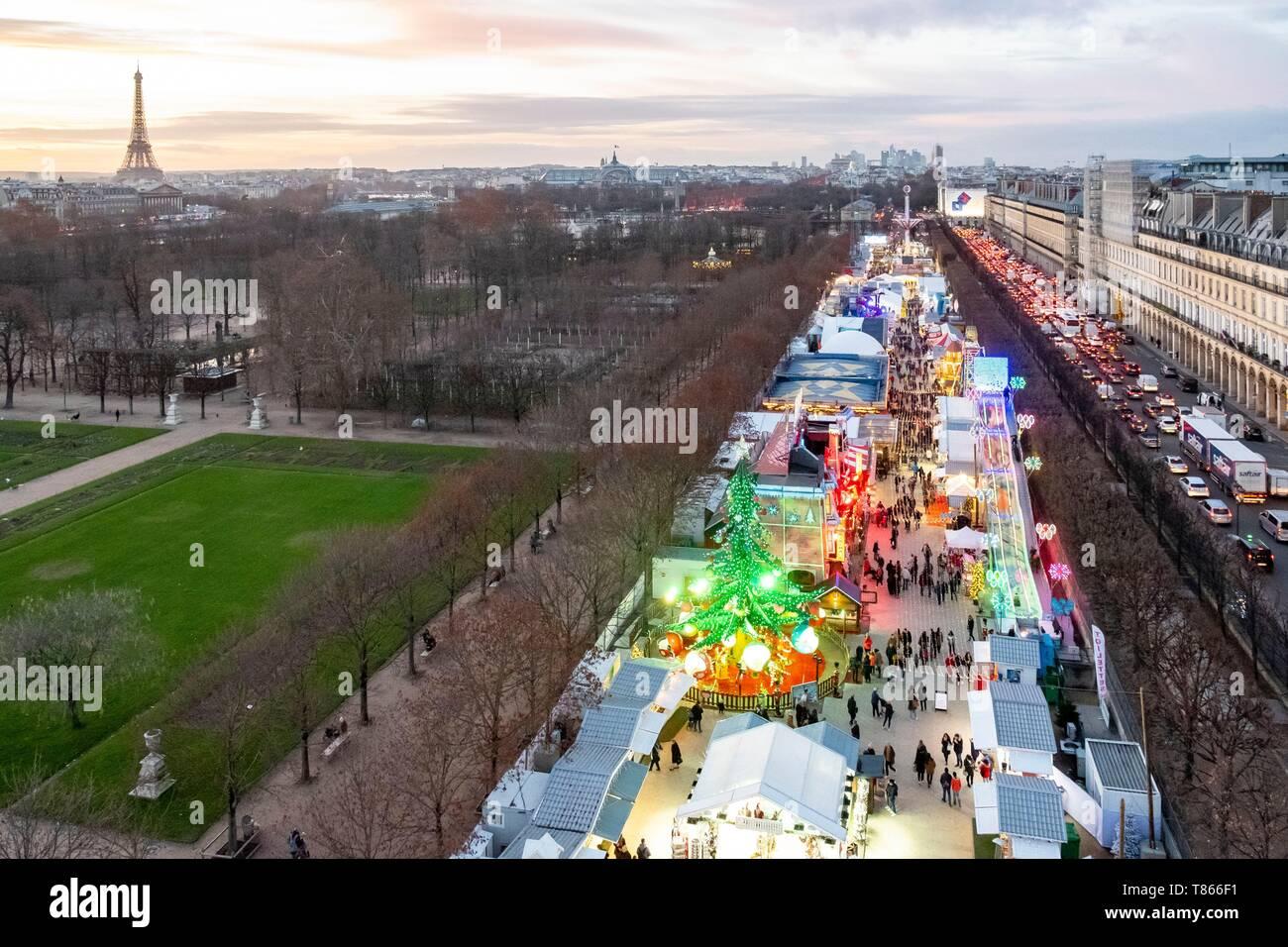Frankreich, Paris, Jardin des Tuileries, der Weihnachtsmarkt ...