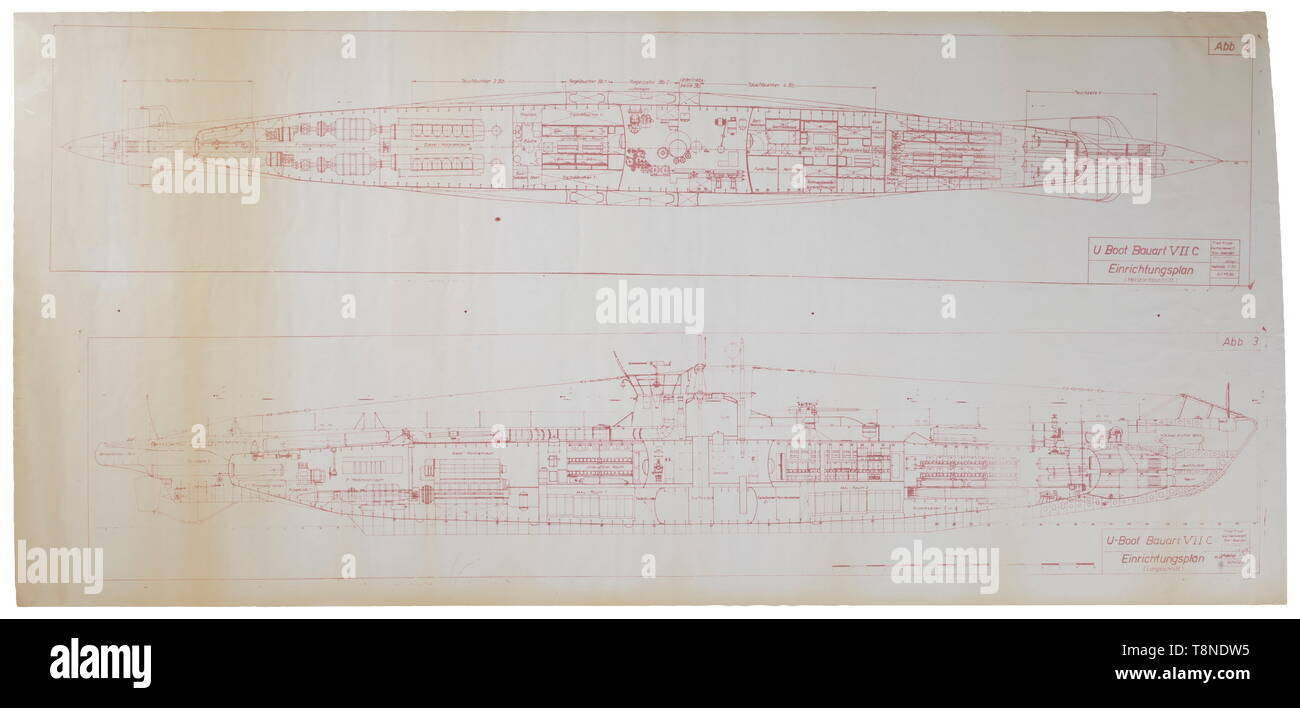 Zwei Fotoalben, Deutsche U-Boot U-668 mit insgesamt ca. 210 Fotos, einige beschriftet. Das Album zeigt Bilder der Inbetriebnahme, Schulung, Operationen auf See im Training Flottille, Liegeplätze in Norwegen, Patrouillen in feindlichen Gewässern und Versenkung von Schiffen, Fotos der Kommandoturm mit dem Wappen (MALING), ein Porträt mit Orden und Ehrenzeichen und typische Szenen aus dem Leben an Bord. Enthält zahlreiche weitere Informationen zur Zeit am Meer mit zahlreichen beschriftet Repro - Fotografien im Stil eines Tagebuchs, Blaupause eines subma, Editorial-Use - Nur Stockbild