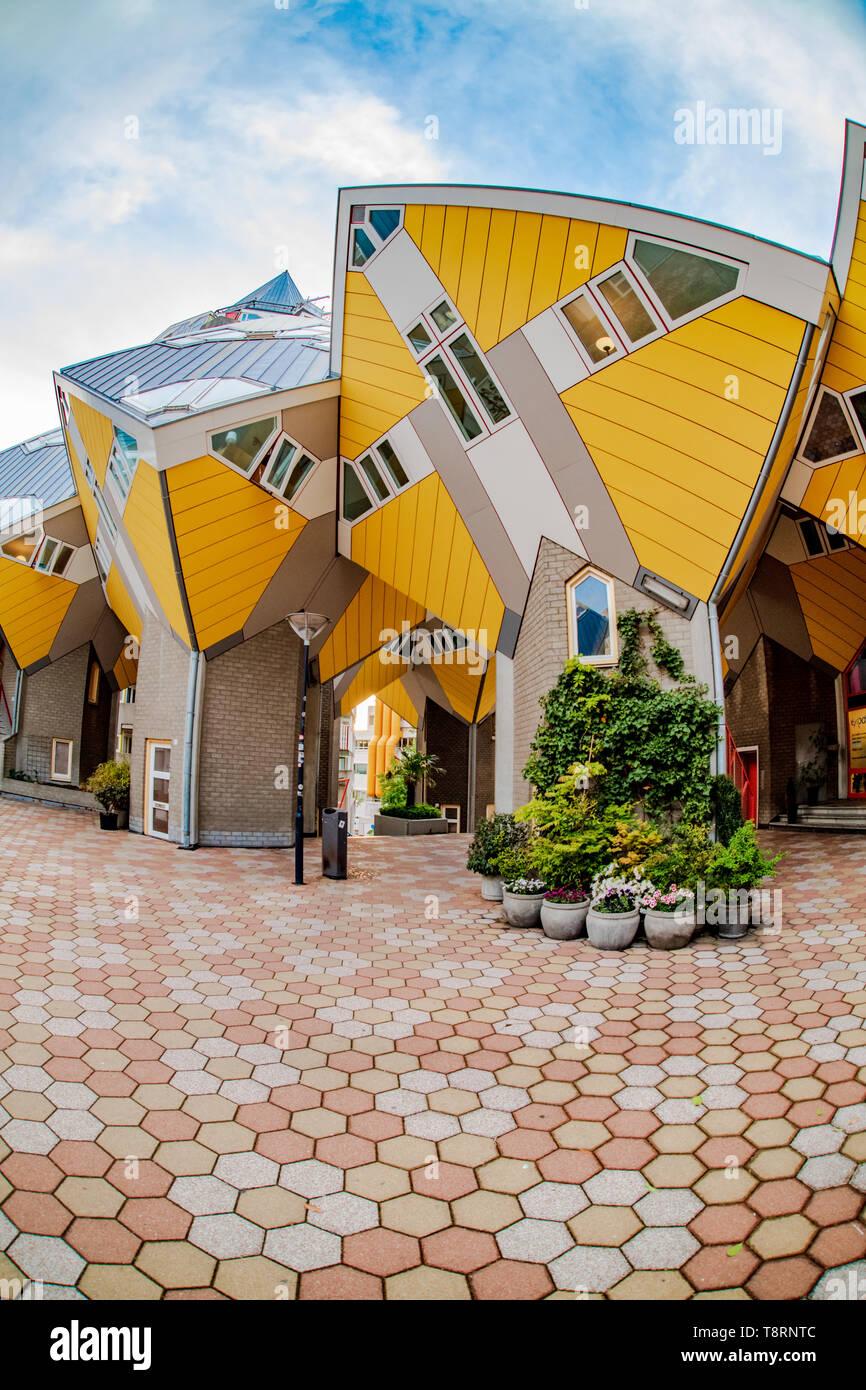 Ultra Modern House Stockfotos & Ultra Modern House Bilder ...