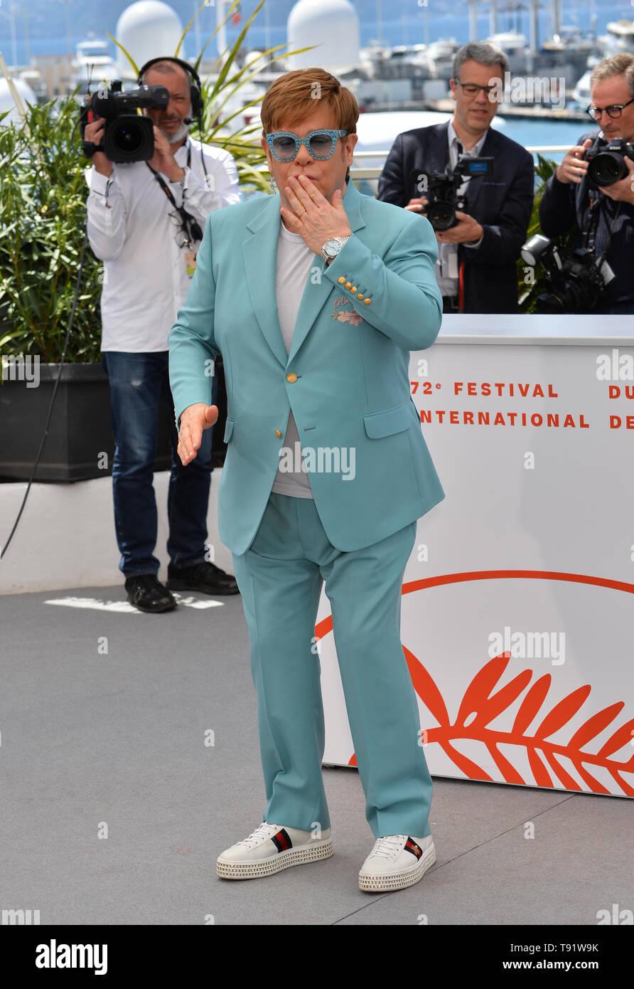 """Cannes, Frankreich. 16. Mai, 2019. CANNES, Frankreich. Mai 16, 2019: Elton John am Fotoshooting für die """"Rocketman"""" auf dem 72. Festival de Cannes. Foto: Paul Smith/Alamy leben Nachrichten Stockfoto"""
