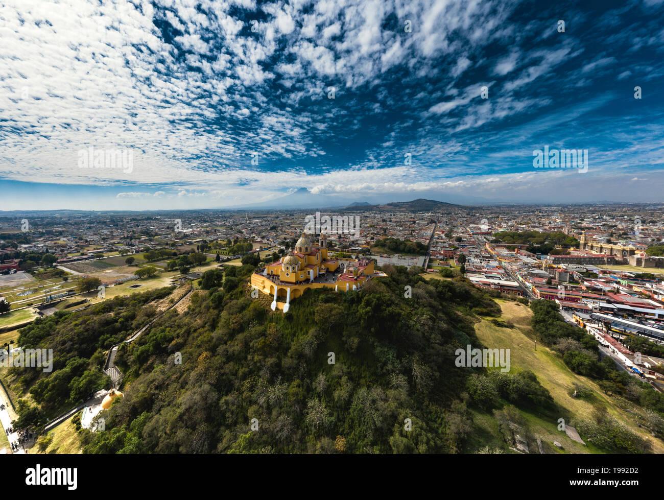 Die Große Pyramide von Cholula ist die größte Pyramide der Welt, Cholula de Rivadavia, Puebla, Mexiko Stockfoto