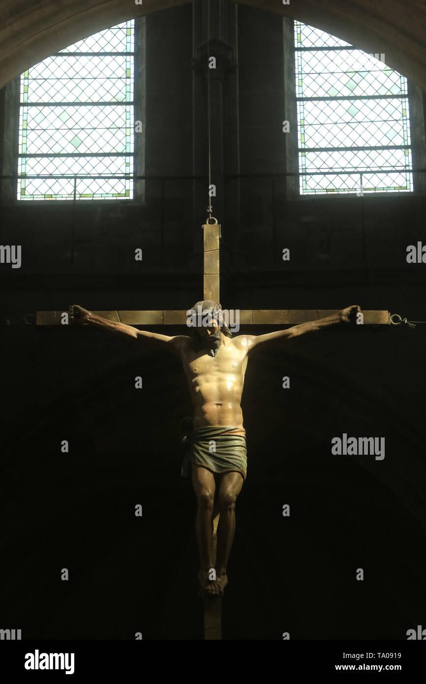 Christus en Croix. Eglise Notre-Dame. Cluny. XIII ème siècle. Christus am Kreuz. Kirche Unserer Lieben Frau. XIII Jh.. Cluny. Stockbild