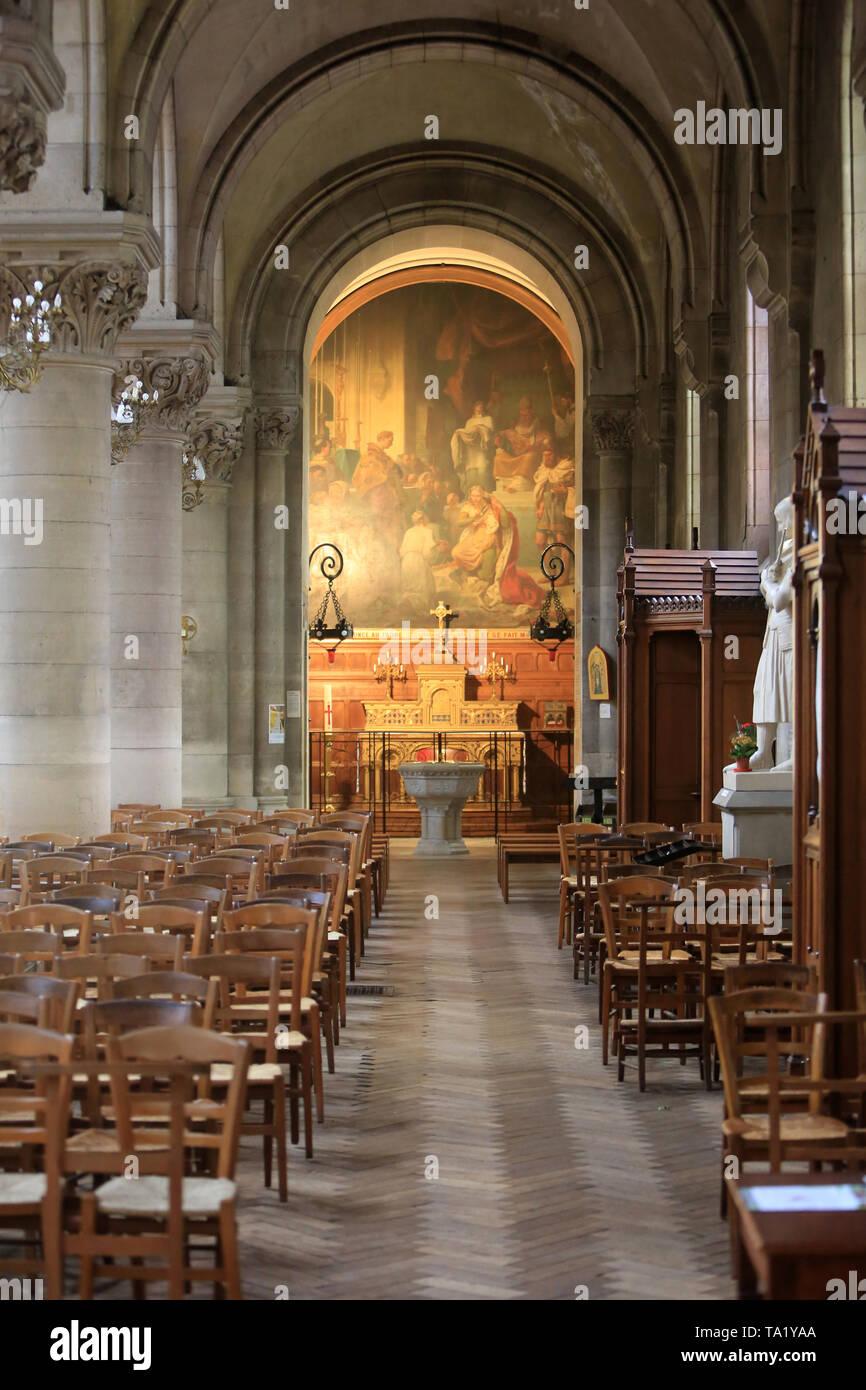 Eglise Cook. Saint-Cloud. Altar. Kirche St. Clodoald. Saint-Cloud. Stockbild