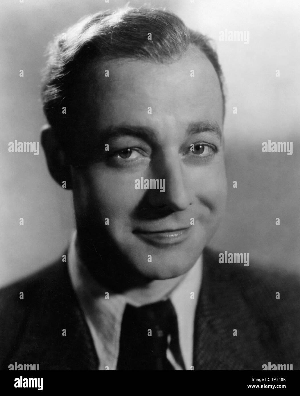 Schauspieler Heinz Ruehmann In Dem Film 13 Stühle Deutsch 13