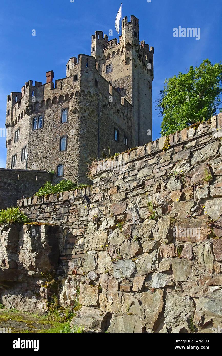 Burg Rheinstein, zwischen den Städten Bingen und Trechtingshausen, Unesco Welterbe Oberes Mittelrheintal, Rheinland-Pfalz, Deutschland Stockbild