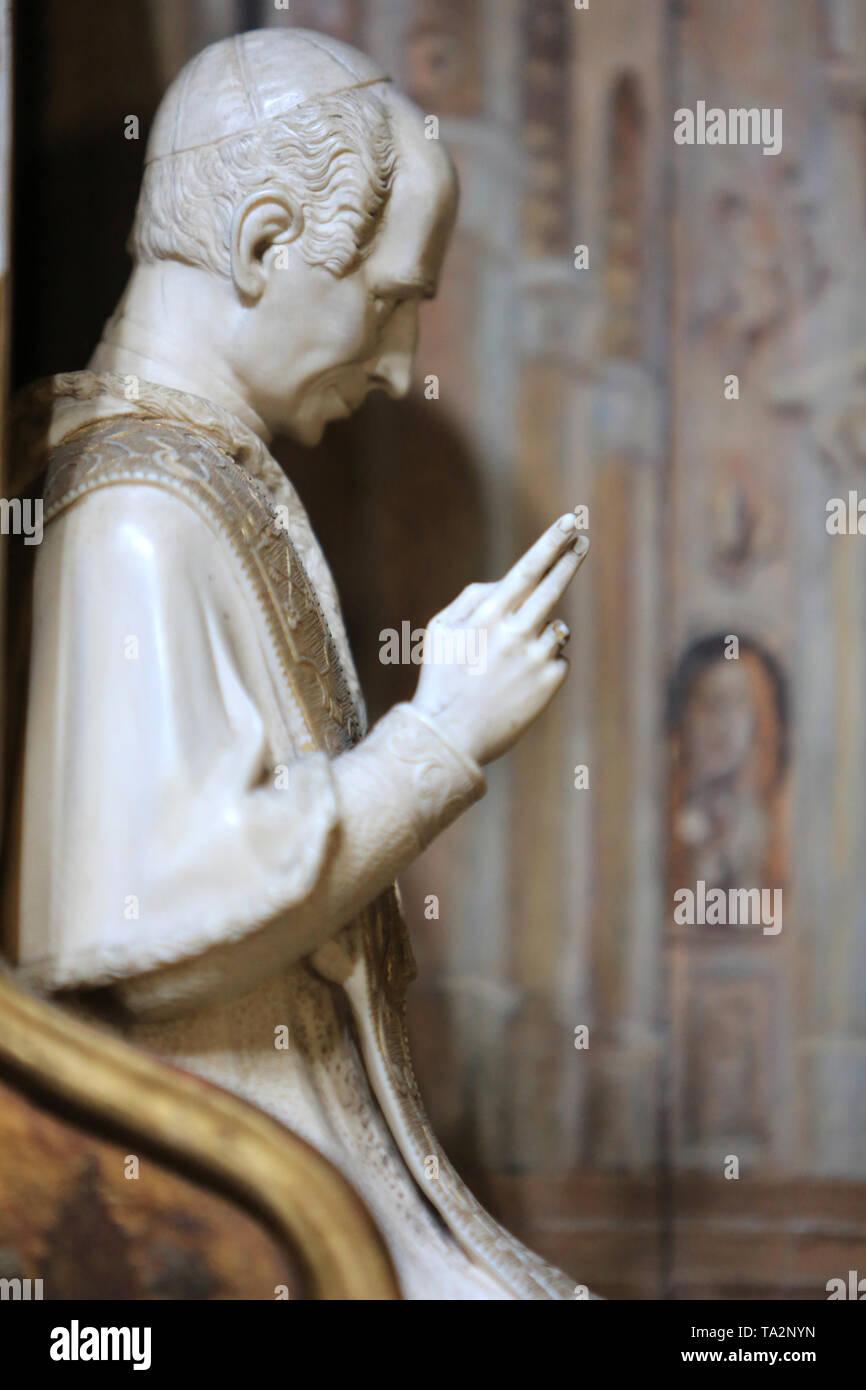 Eglise Cook. Saint-Cloud. / Kirche St. Clodoald. Saint-Cloud. Stockbild