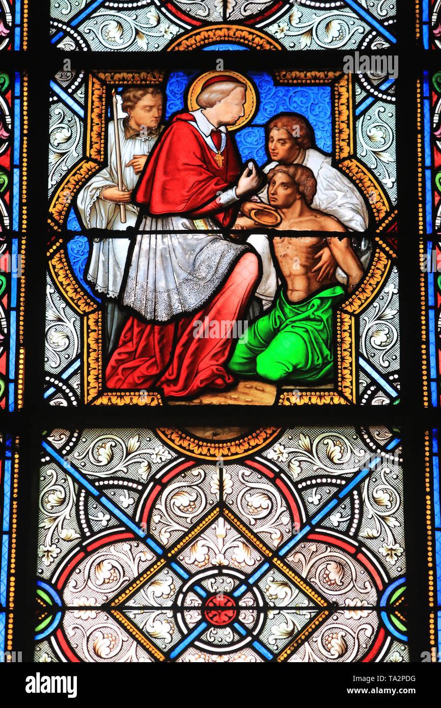 Donner la Gemeinschaft. Vitrail. Saint-Eglise Cook. Saint-Cloud. Glasmalerei. Kirche St. Clodoald. Saint-Cloud. Stockbild