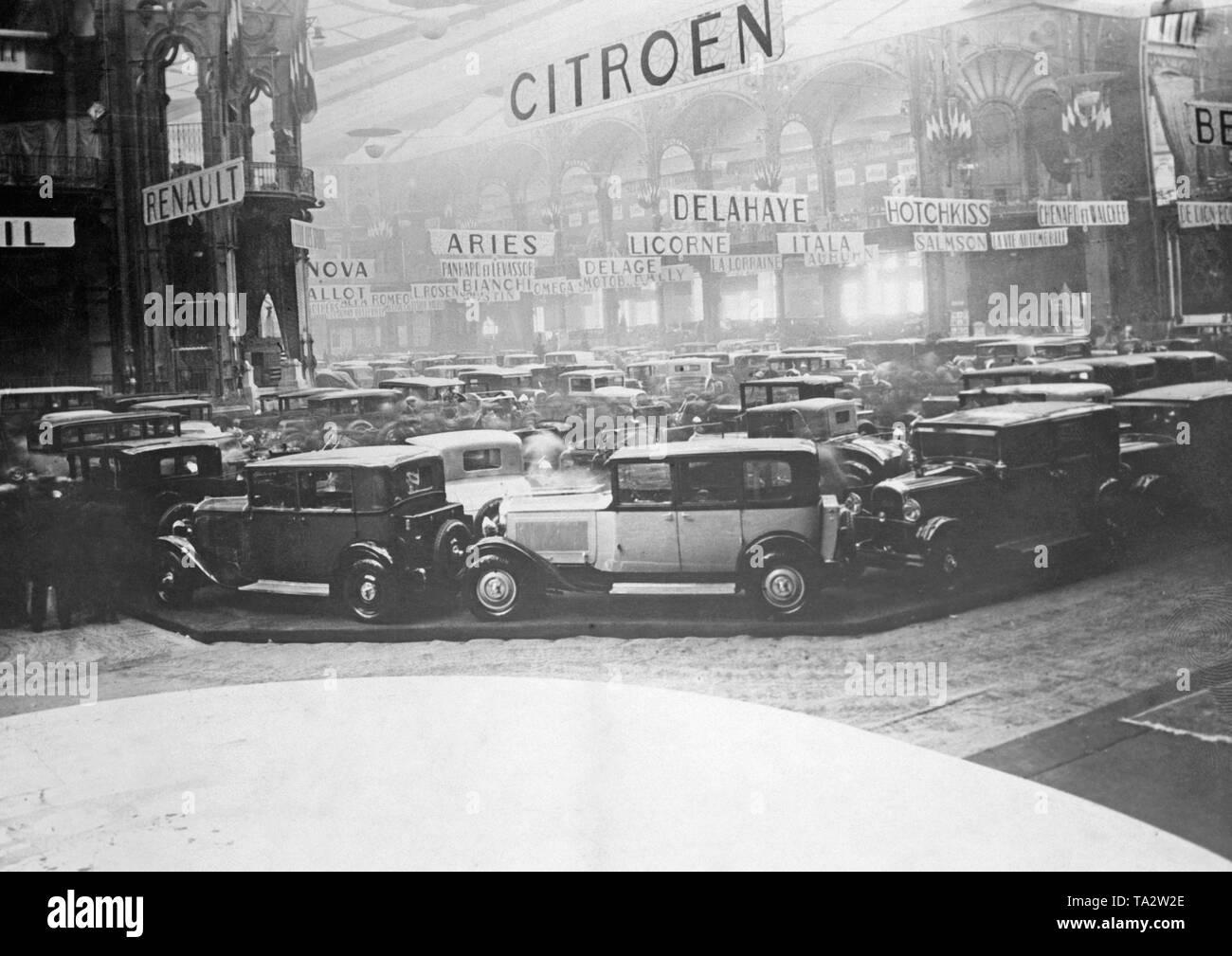 A Paris Salon Stockfotos & A Paris Salon Bilder - Alamy