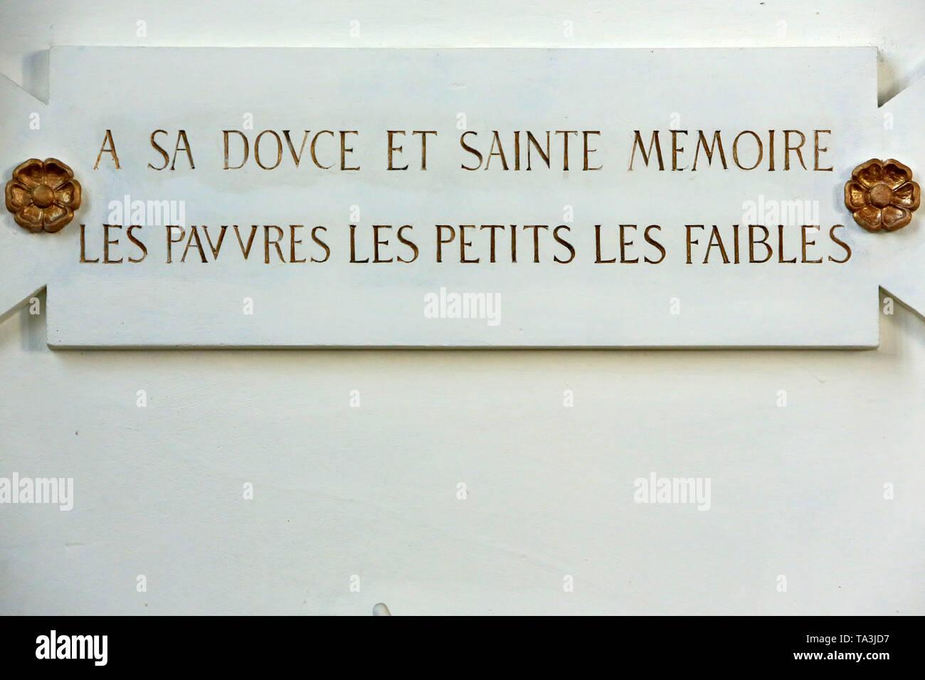 """""""Eine sa Douce et la mémoire, Les pauvres, les Petits, les Faibles.'Eglise Saint-Georges de Lyon. Stockbild"""
