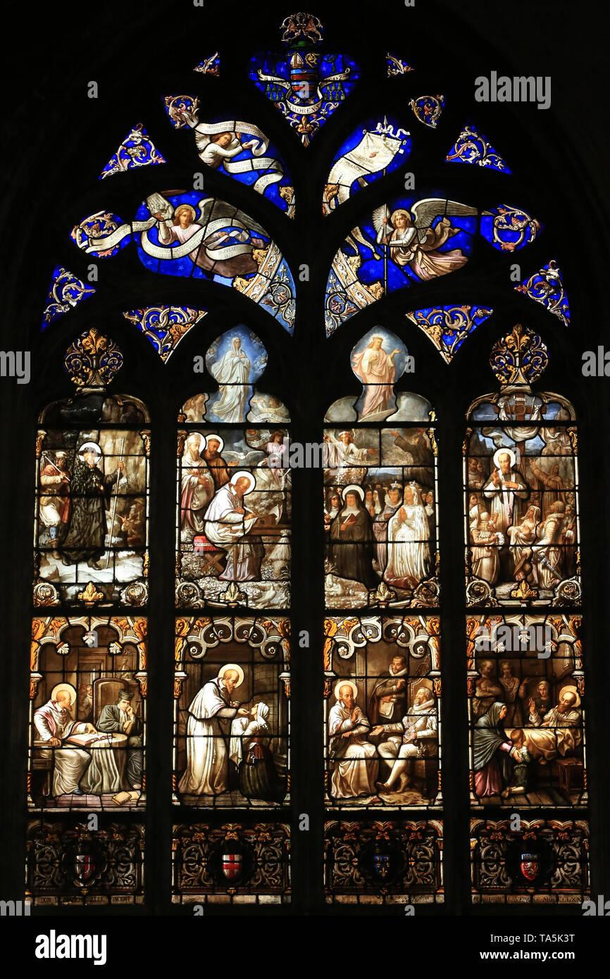 Saint-françois de Sales. Vitrail. Eglise Saint-Nizier de Lyon. Franz von Sales. Glasfenster. Kirche Saint-Nizier. Lyon. Stockbild