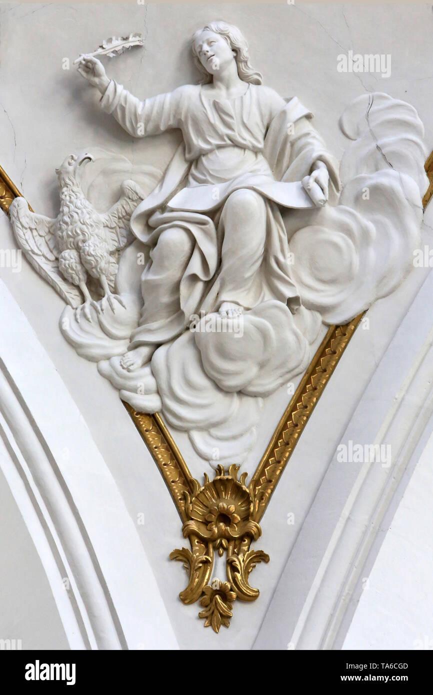 Saint-Jean. L'Aigle. Skulptur. Eglise Saint-Bruno-les-Chartreux. Lyon. Anschluss Bogen zwischen Chor und Querschiff. Stockbild