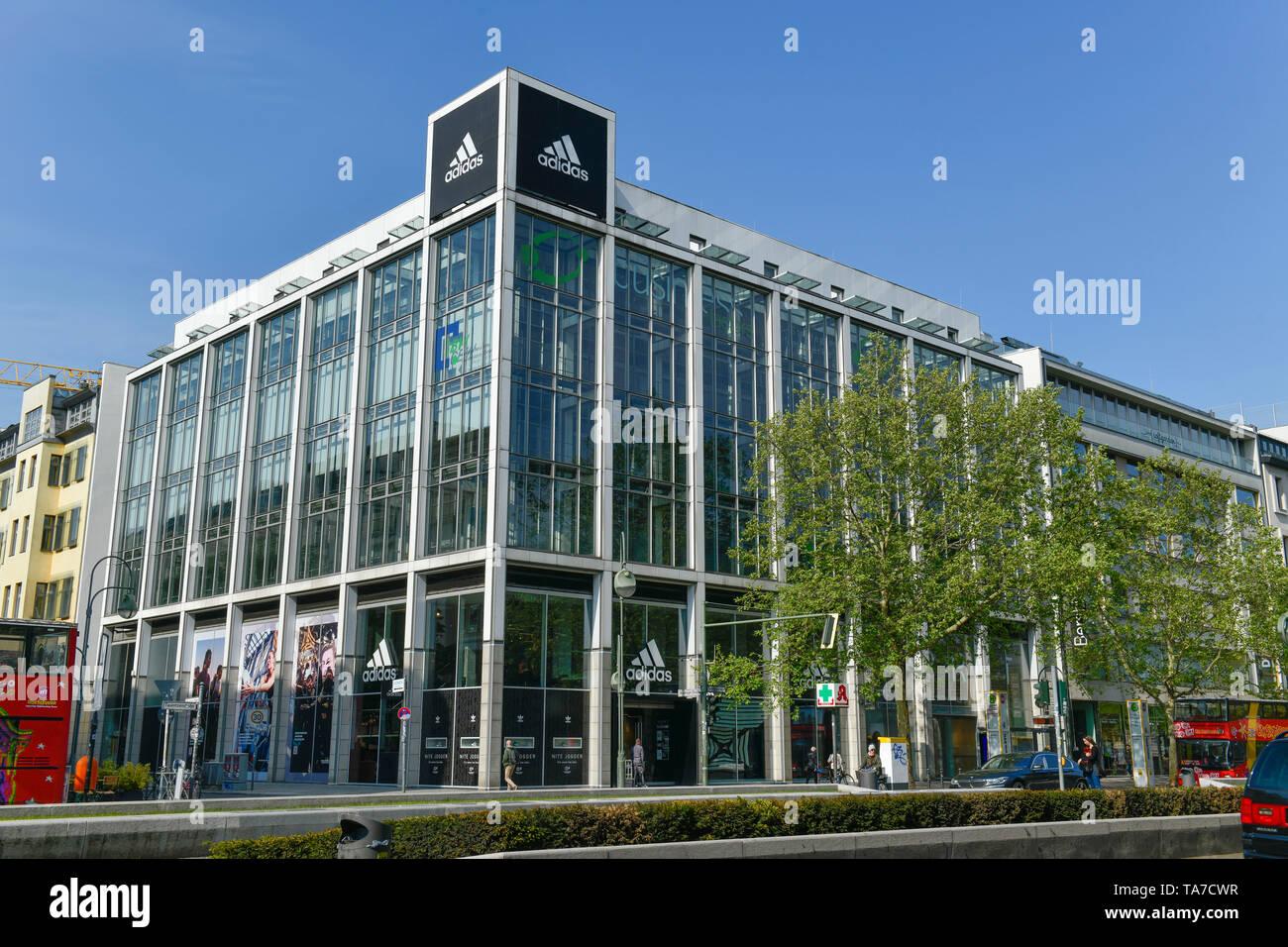 Adidas, Tauentzien, Charlottenburg, Berlin, Deutschland, Deutschland Stockfoto