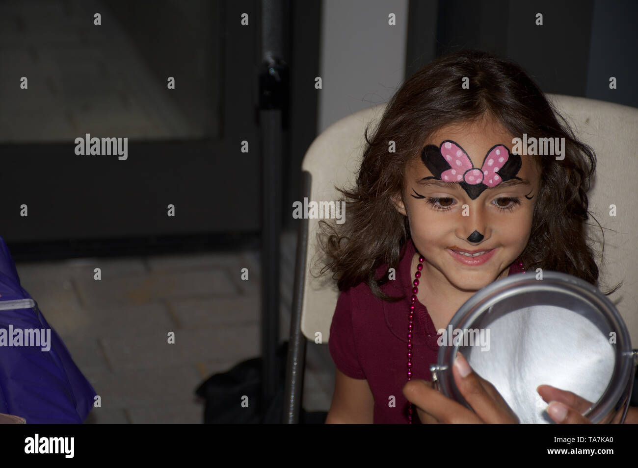 Lion And Mouse Stockfotos Lion And Mouse Bilder Alamy
