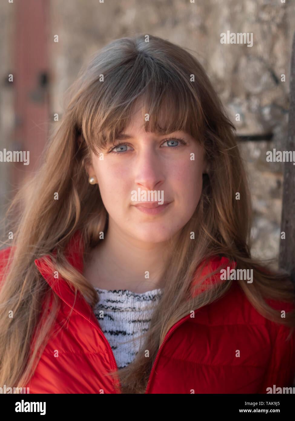 25-jährige Dame datiert Dating online spanisch