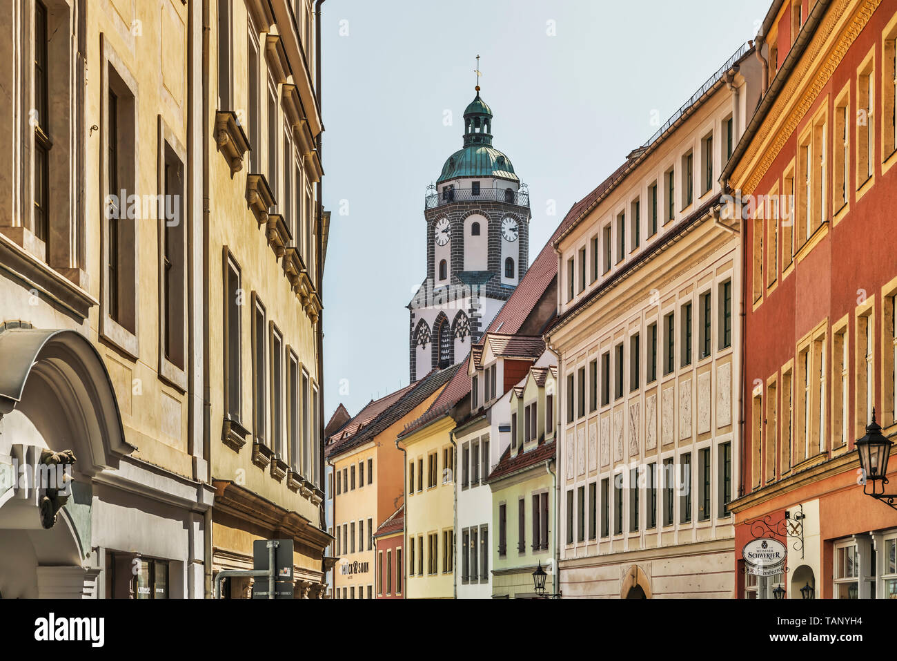 Blick durch die Burgstraße (Schloss Straße) auf Frauenkirche (Kirche unserer Dame) Meißen, Sachsen, Deutschland, Europa Stockbild