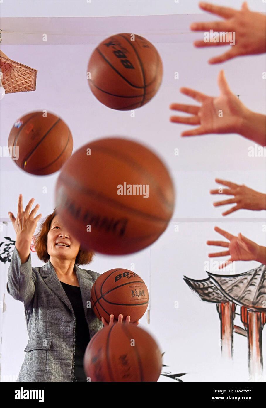 sensorische aktivitaten fur erwachsene behinderte