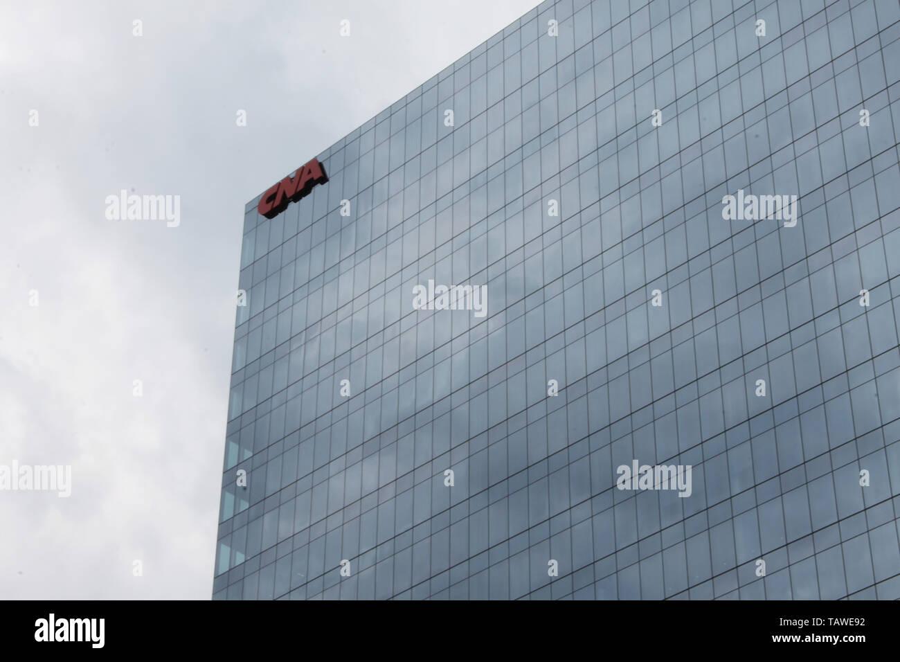 Der neue CNA Office Tower spiegelnde Wolken im Loop, Chicago, Illinois Stockbild