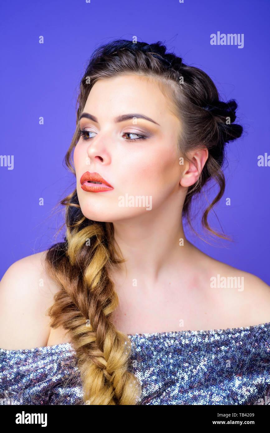 Geflochtene Frisur Madchen Gesicht Geflochtene Lange Haare