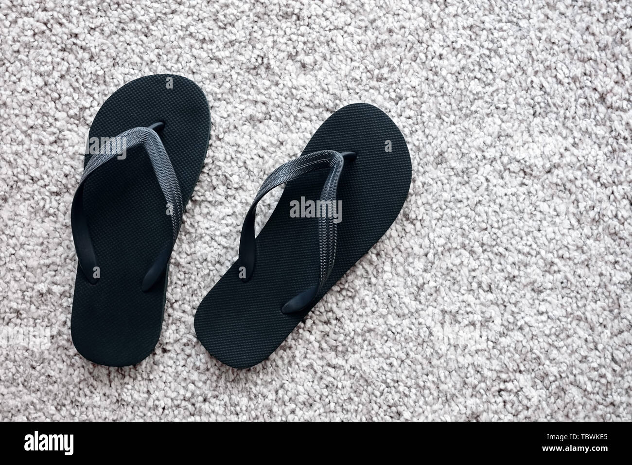 Suchergebnis auf für: Schwarze Sandaletten mit