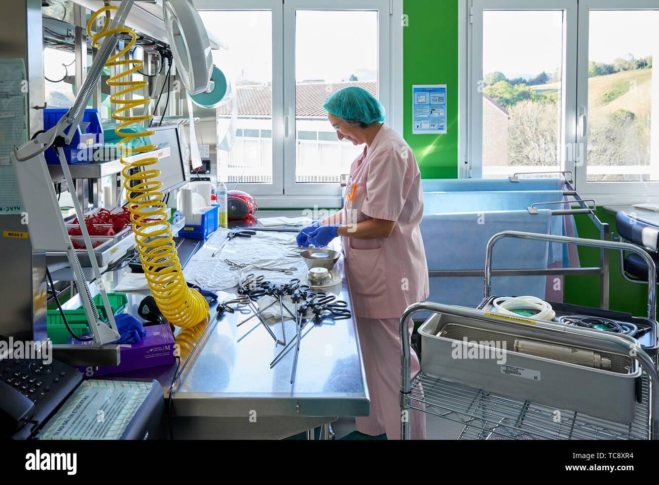 Chirurgisches Material, Sterilisation, Autoklav Reinigung, Krankenhaus Donostia, San Sebastian, Gipuzkoa, Baskenland, Spanien Stockbild
