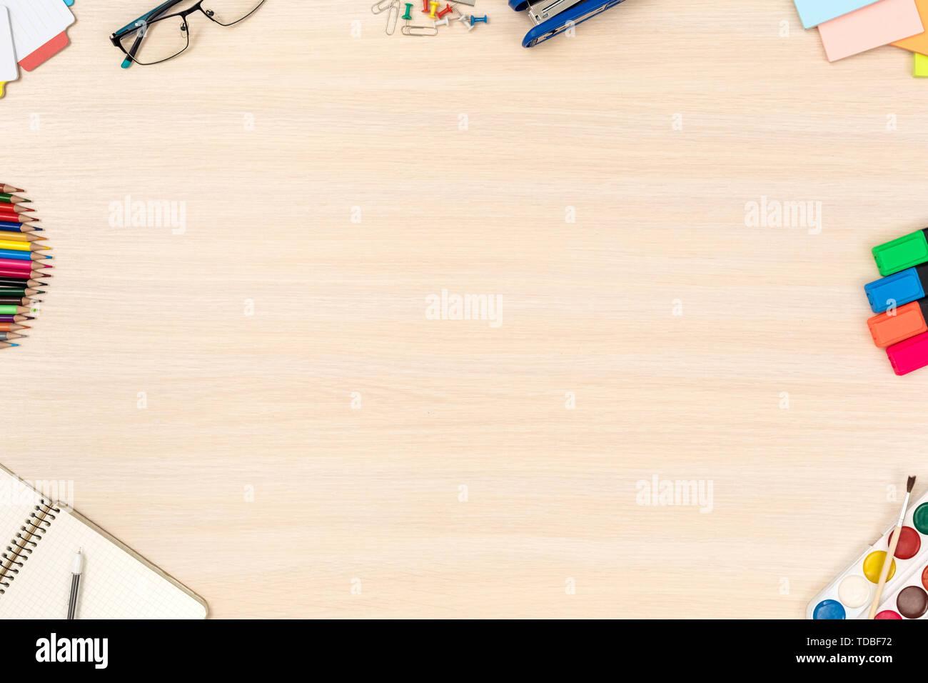 Kreativen Arbeitsplatz. Desk Top Anzeigen keine Personen Platz kopieren Stockbild