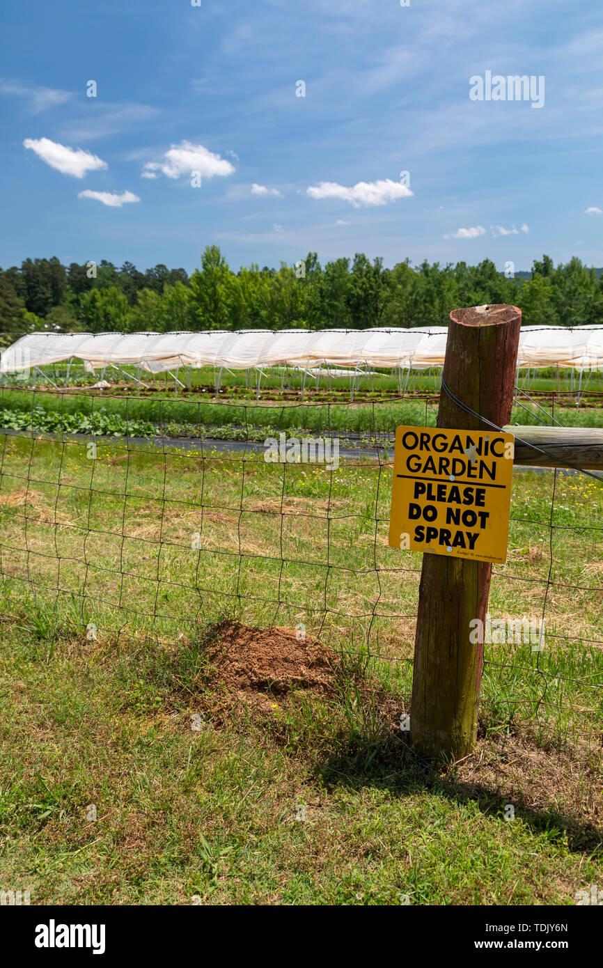Perryville, Arkansas - Färse Ranch, ein 1.200 Hektar großen pädagogischen Ranch, die Vitrinen nachhaltige Landwirtschaft, einschließlich einer organischen Garten. Die Ranch ist Stockbild