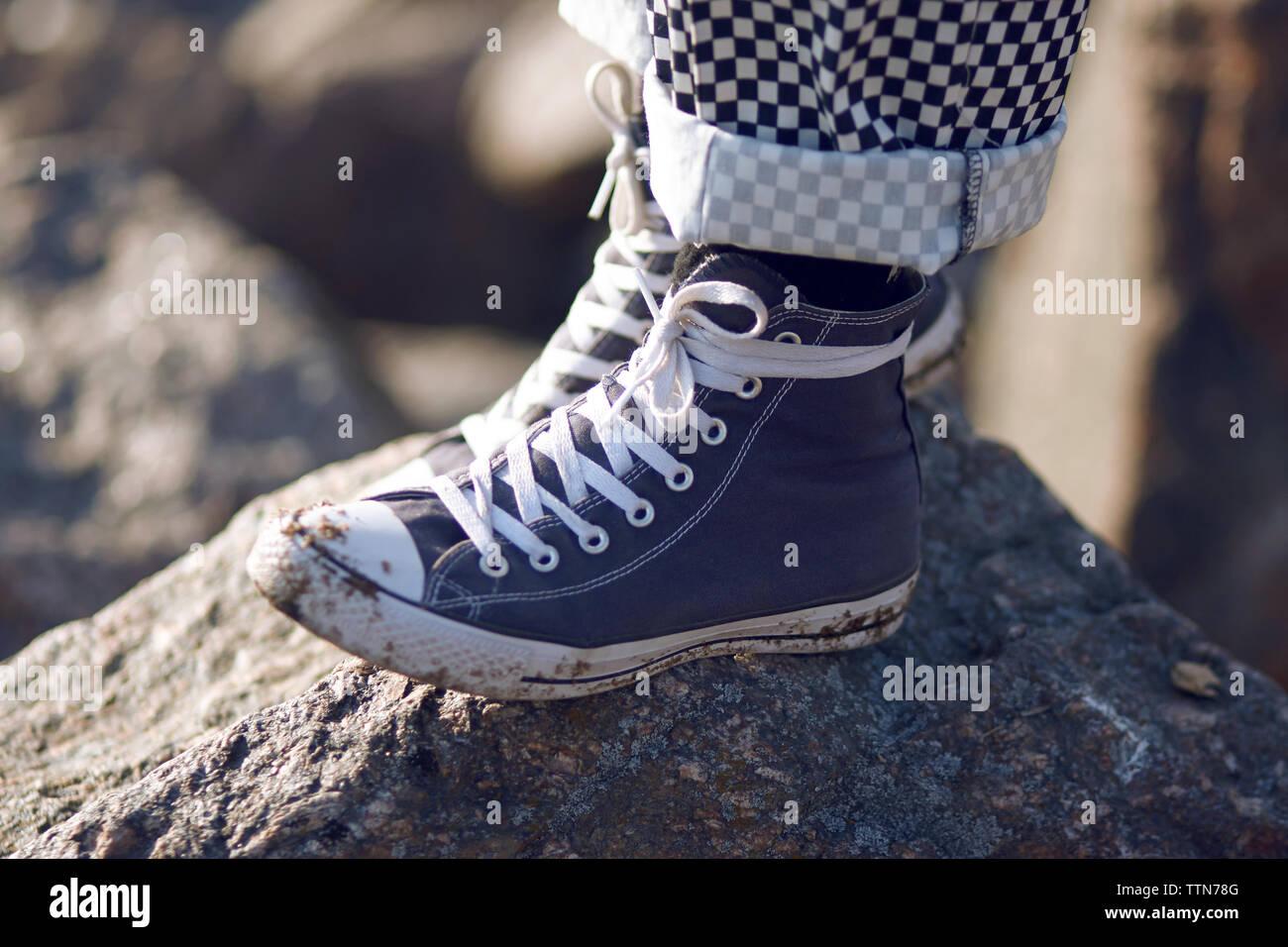 Blue Plaid Pants Stockfotos & Blue Plaid Pants Bilder Alamy