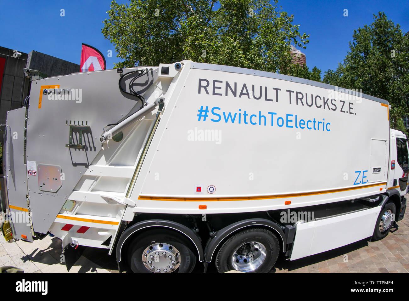 Offizielle Präsentation des ersten 100% elektrische Fahrzeug für die Sammlung von Haushaltsabfällen in Lyon, Frankreich Stockbild