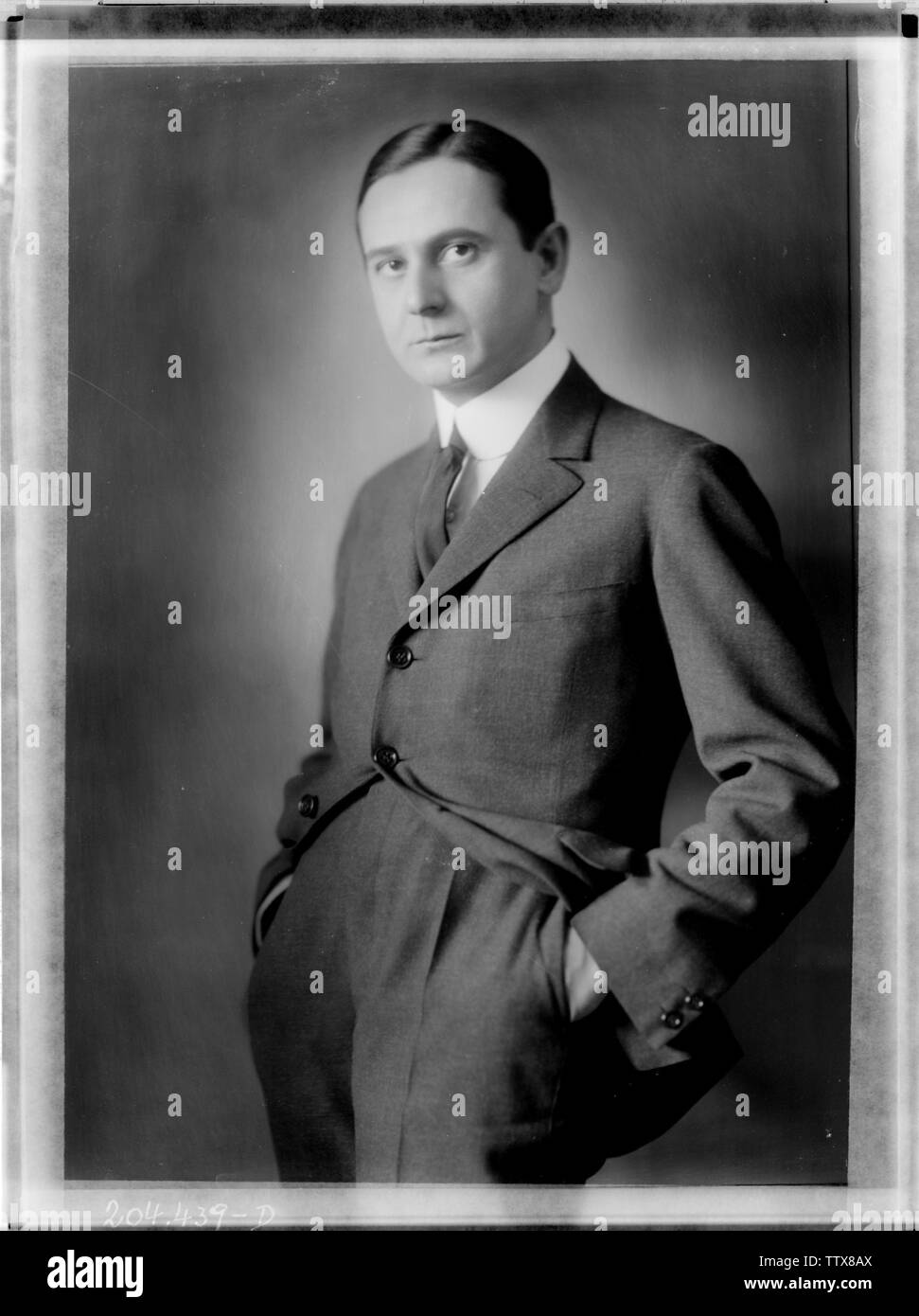 Siegmund Bosel, in einer Jacke, mit Krawatte, 1923 Additional-Rights - Clearance-Info - Not-Available Stockfoto