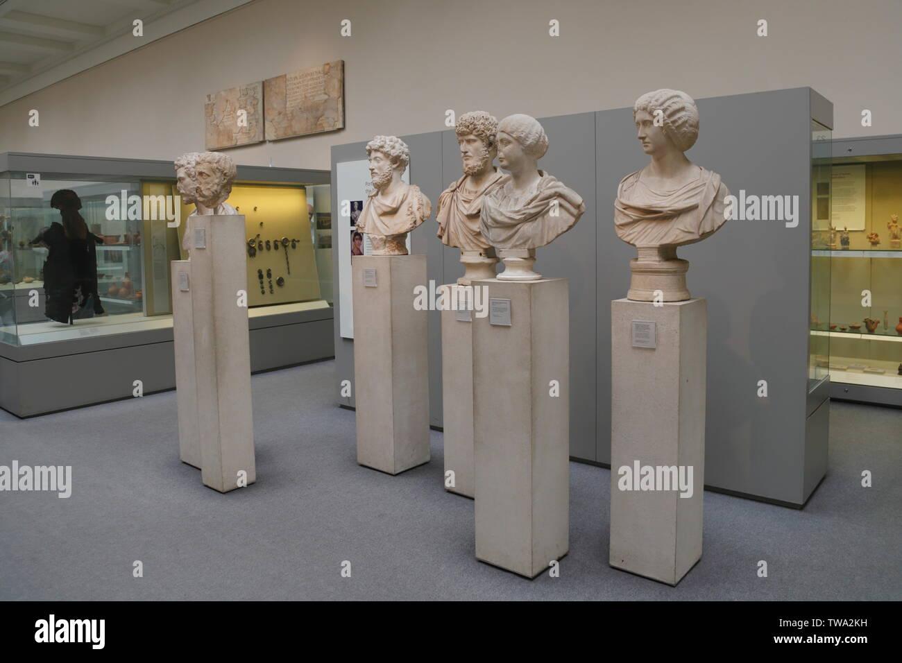 Romische Skulpturen Stockfotos Und Bilder Kaufen Alamy