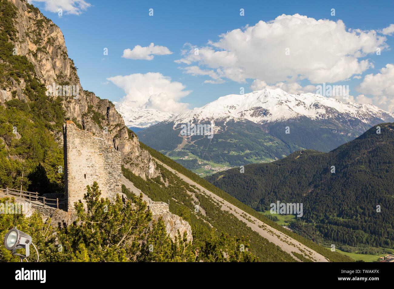 Alpenpanorama in Italien, Valtellina Stockfoto
