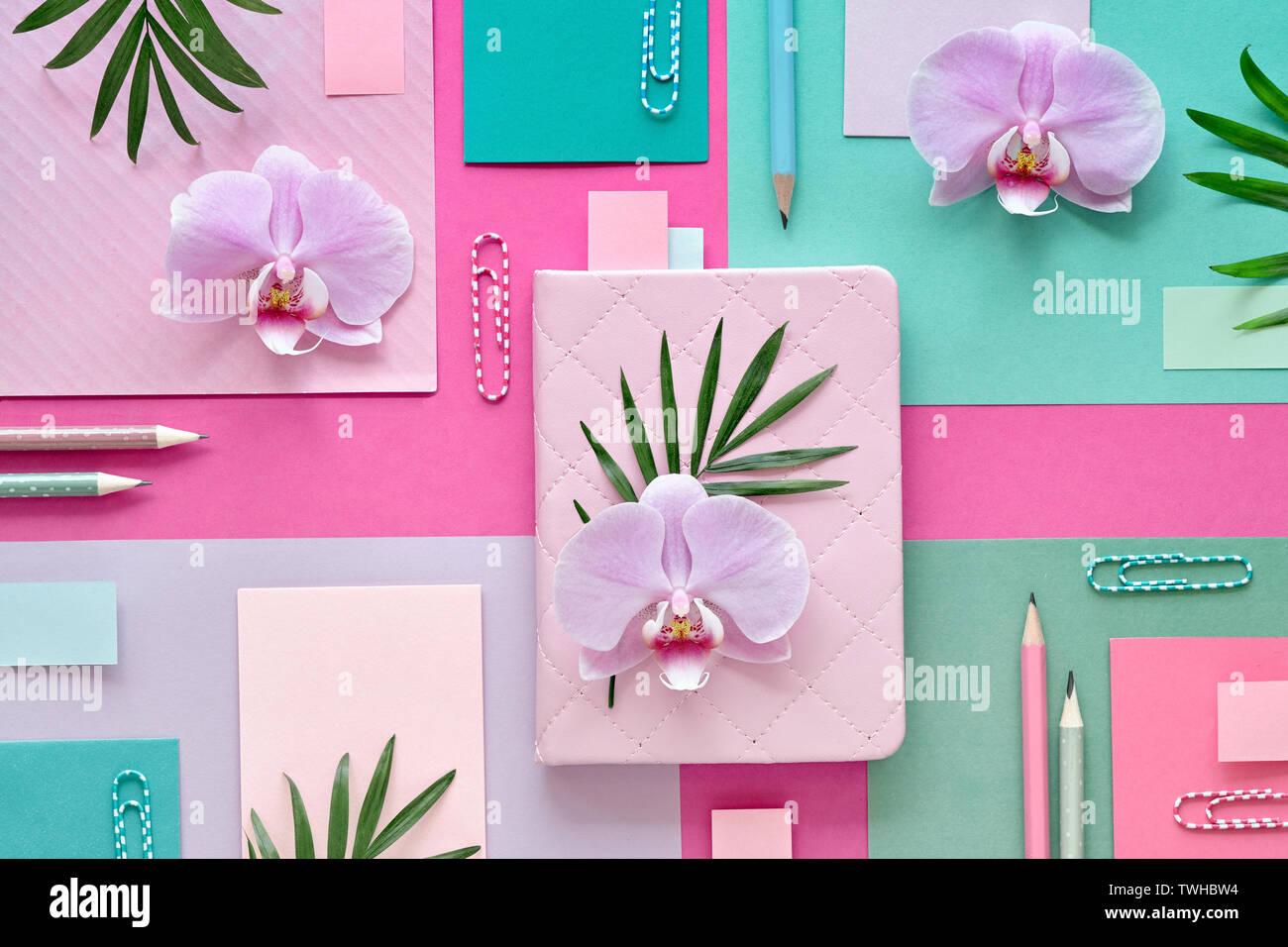 Blumen Papier Hintergrund In Rosa Und Mint Farben