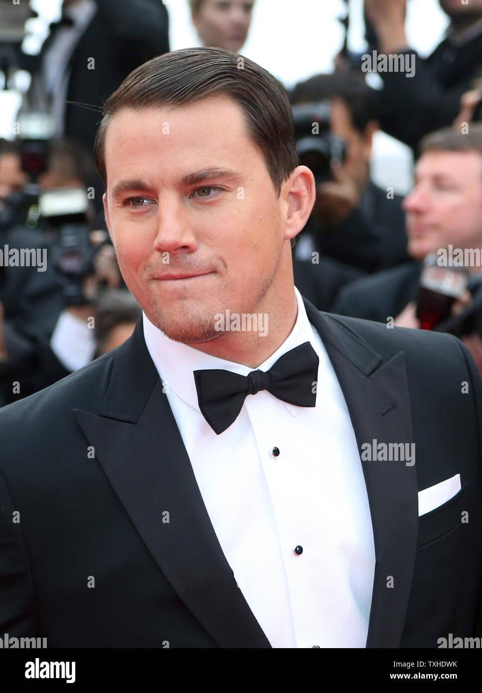 """Channing Tatum kommt auf dem roten Teppich vor der Vorführung des Films """"foxcatcher"""" während der 67. jährliche Internationale Filmfestspiele von Cannes in Cannes, Frankreich am 19. Mai 2014. UPI/David Silpa Stockfoto"""