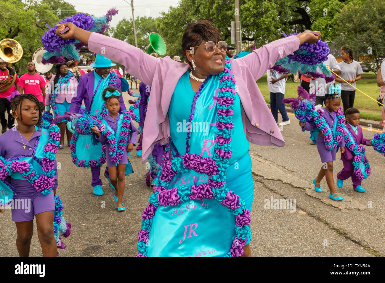 New Orleans, Louisiana - Das Original Big Seven/Muttertag zweite Zeile Parade. Stockbild