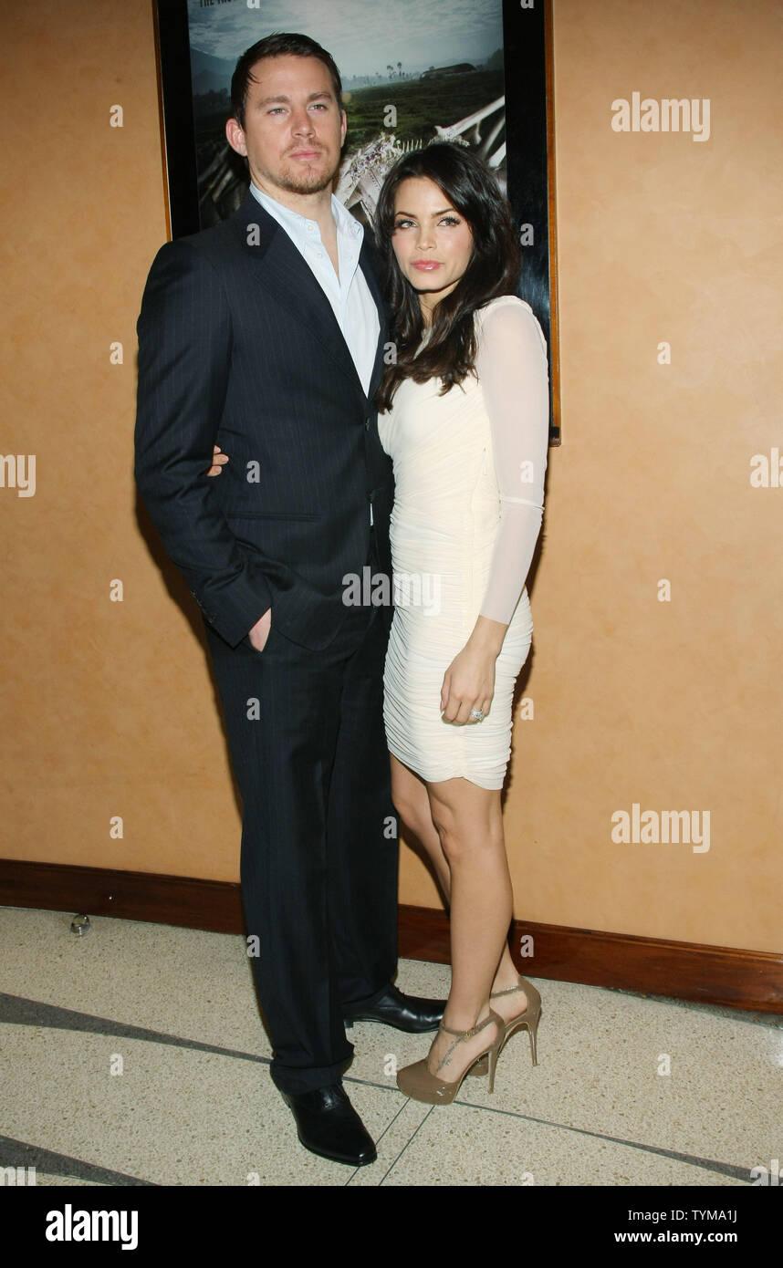 """Channing Tatum und seiner Frau Jenna Dewan kommen für die Premiere des Dokumentarfilms """"Erde aus Glas' an der HBO-Screening Room am 5. April 2011 in New York City. UPI/Monika Graff Stockbild"""