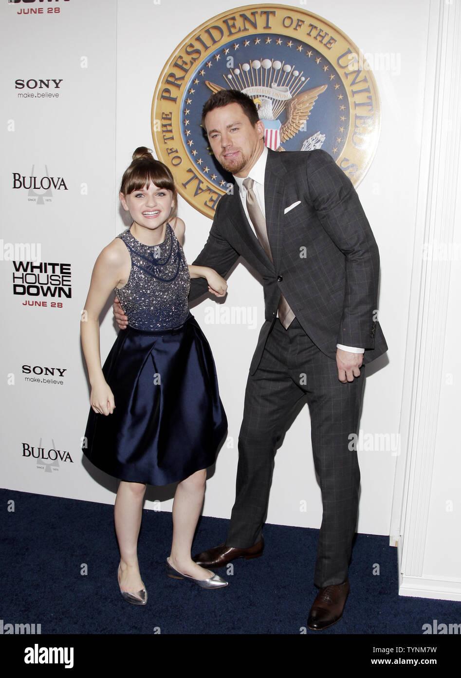 Joey König und Channing Tatum ankommen auf dem roten Teppich bei der Premiere von 'Weißen Haus' im Ziegfeld Theatre in New York City am 25. Juni 2013. UPI/John angelillo Stockbild