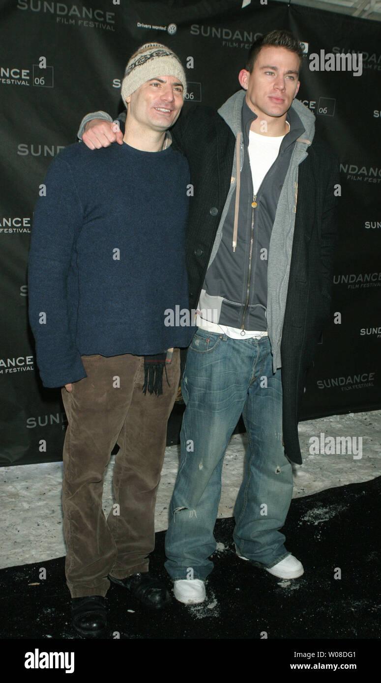 Regisseure und Drehbuchautoren Dito Monti (L) und Channing Tatum vor der Vorführung von ihren Film, einen Leitfaden zur Erkennung ihrer Heiligen, auf dem Sundance Film Festival 2006 in Park City, Utah, am 20. Januar 2006. (UPI Foto/Roger Wong) korrigiert Bildunterschrift Stockbild