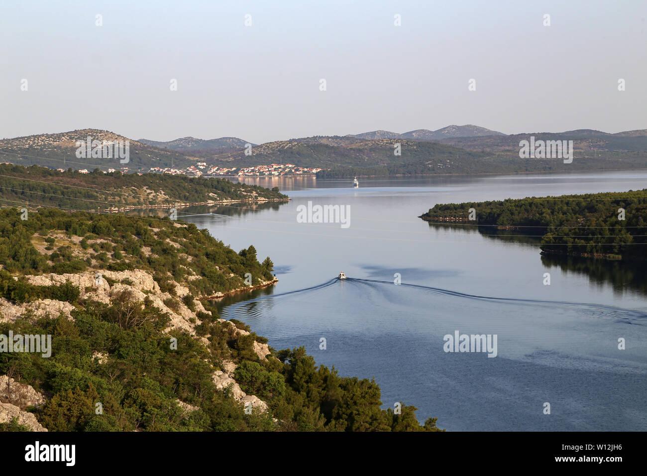 Von der Mündung des Flusses Krka Skradin - Krka Brücke. Stockfoto