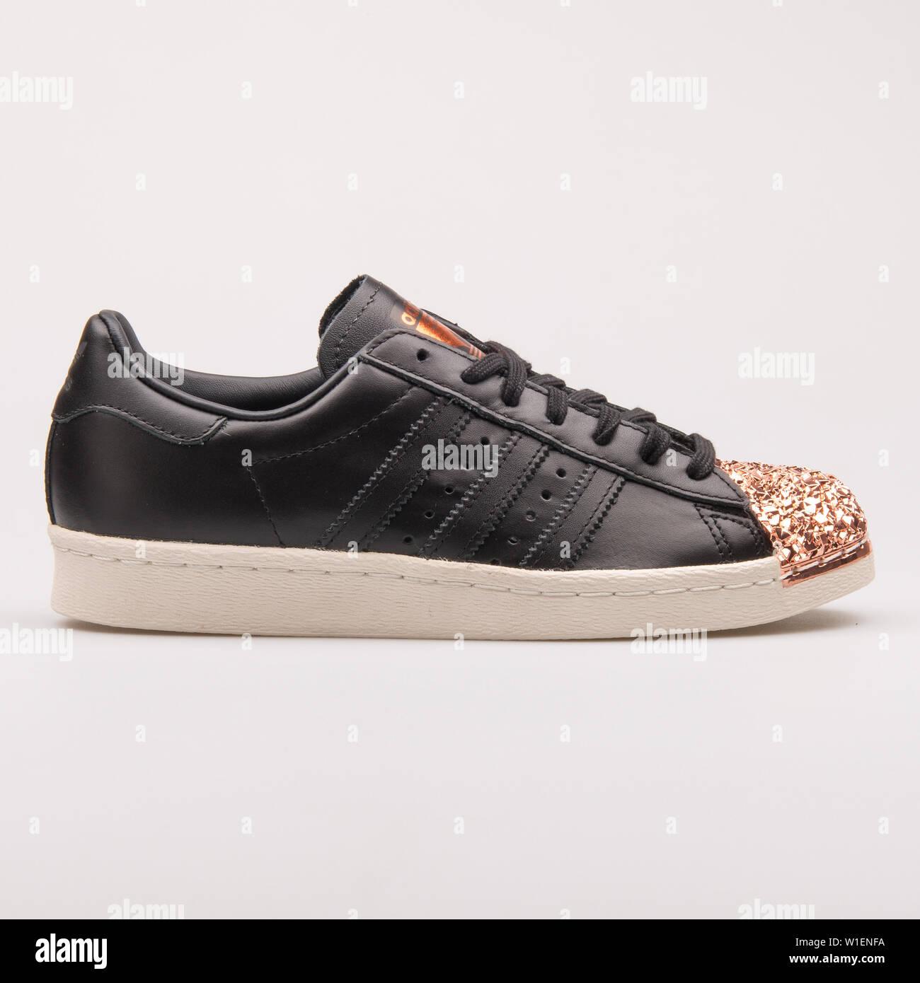 Suchergebnis auf für: adidas kupfer schwarz