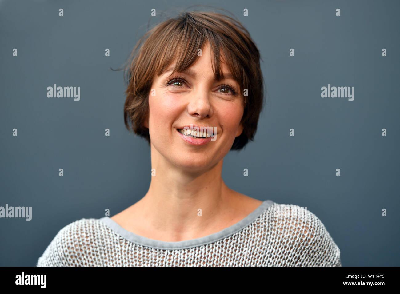 Julia Koschitz Stockfotos Und Bilder Kaufen Alamy