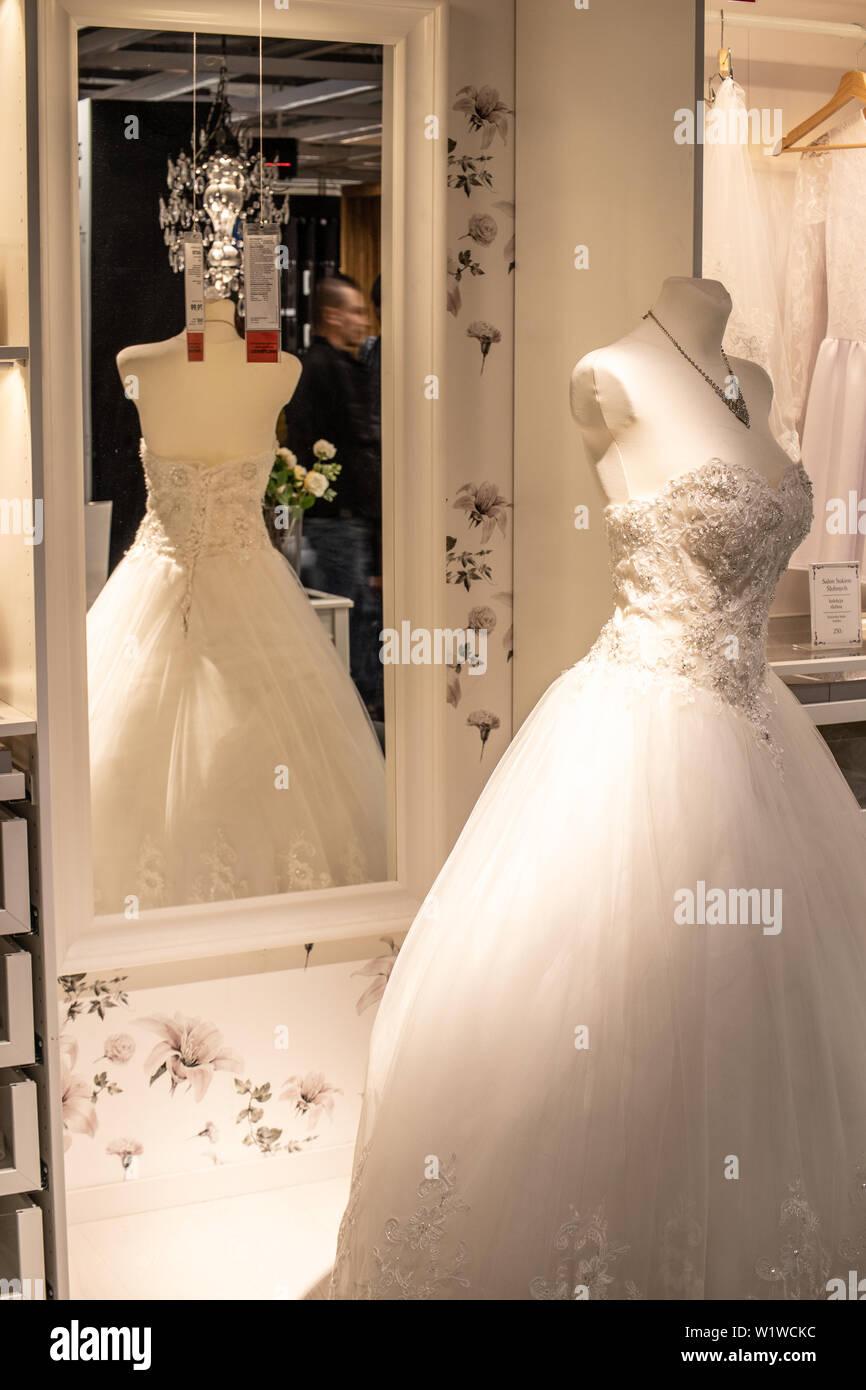 Kleiderschranke Stockfotos Kleiderschranke Bilder Alamy